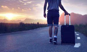 Qué llevar en la maleta para cuidar nuestra salud
