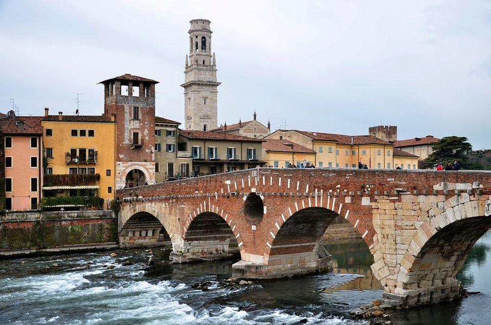 Puente de piedra Verona