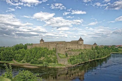 castillo ivangorod estonia