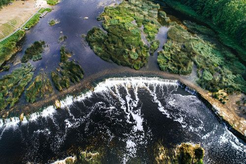 letonia cascada de agua kuldiga