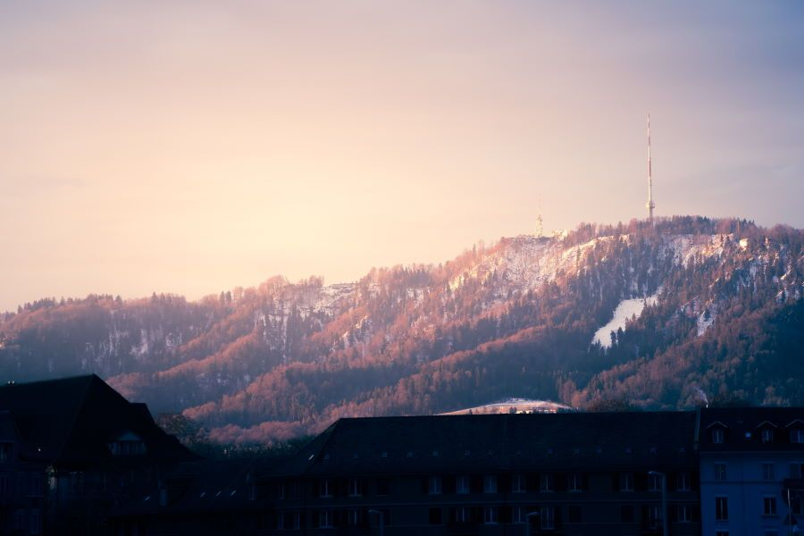 alpes suizos montañas zurich Üetliberg mirador lago nevado