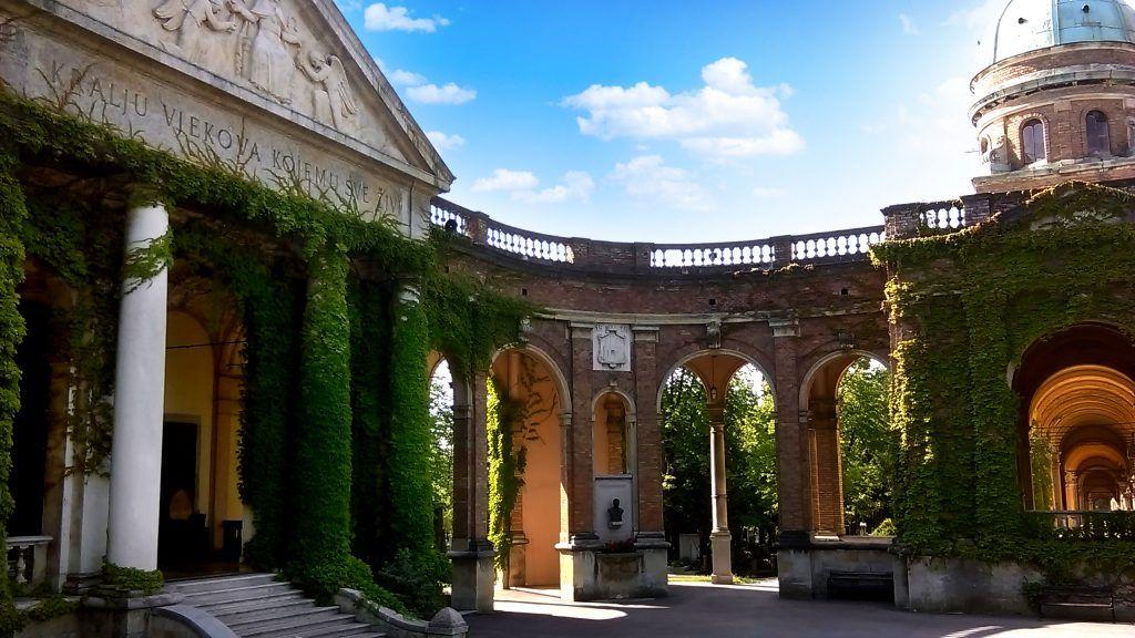 visistar cementerio Mirogoj